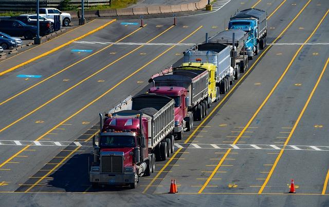 pět náklaďáků