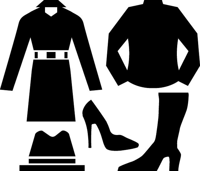 oblečení do skříně
