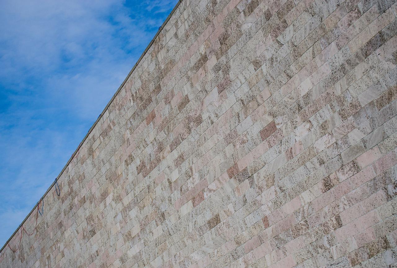 wall-321201_1280